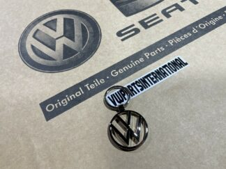 Genuine Volkswagen VW OEM Chrome Keyring Golf MK1 MK2 MK3 MK4 MK5 MK6 MK7 GTI R Scirocco Touran Tiguan Splitty Beetle Campervan Caddy Polo Jetta Vento
