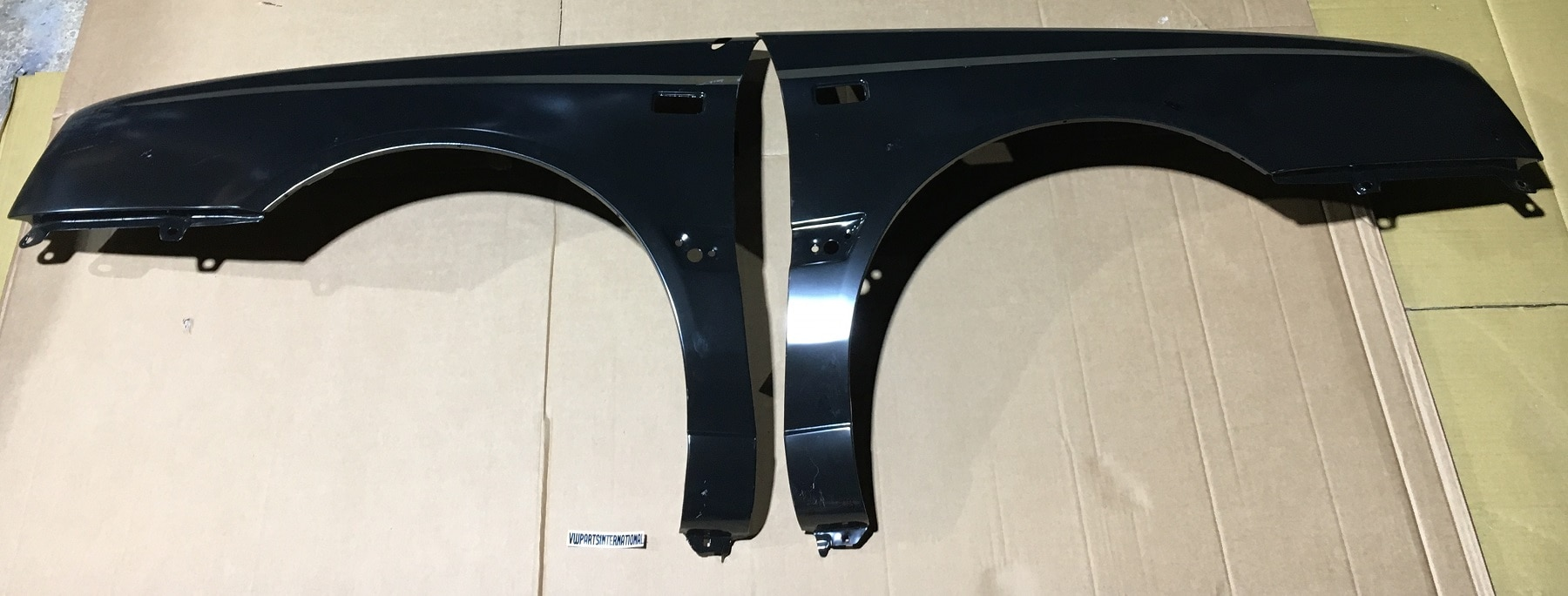 VW Golf MK3 VR6 GTI TDI Wing Fenders Left & Right Rectangle Indicator Holes + Aerial Hole New High Quality Parts