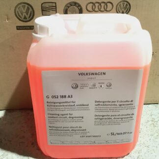 Engine Coolant Flush Degreaser Removes Oils From Cooling System Pipes VW Audi Seat Skoda