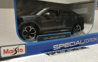 Lamborghini Urus 1:24 Scale Model Car Toy Childs Kids Enthusiasts Collectors Item Gift